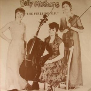 DollyMixture_FiresideOZL199